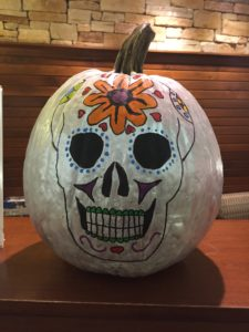 2019 pumpkin decorated with skeleton